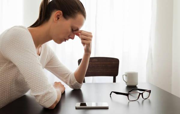 Presiona este punto de tu pecho para aliviar el estrés y la ansiedad de forma instantánea