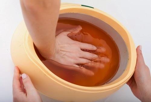 8 Trucos para curar las yemas de los dedos secos y agrietados durante el invierno