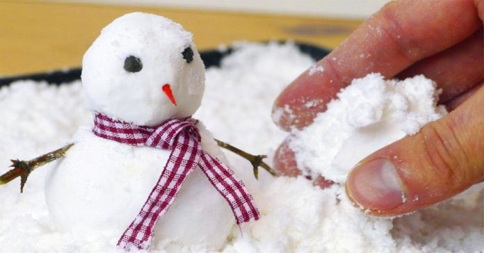 descubre como hacer en casa tu propio muneco de nieve artificial con este truco banner