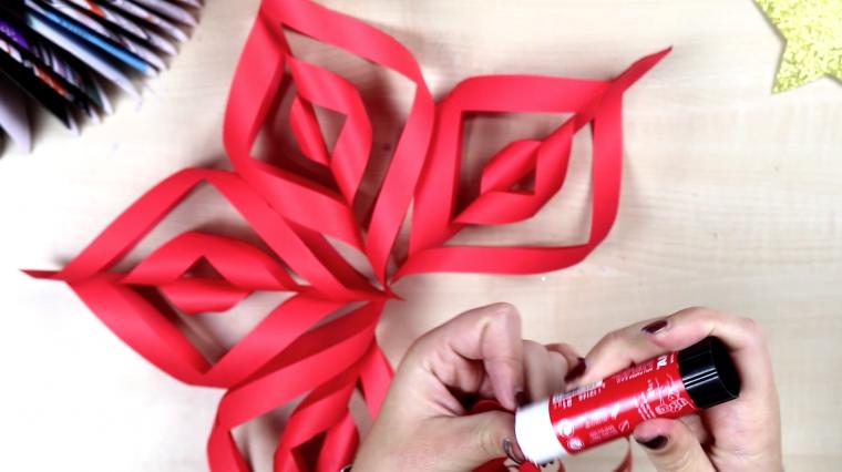 Cómo crear tu propio copo de nieve en 3 dimensiones para estas Navidades