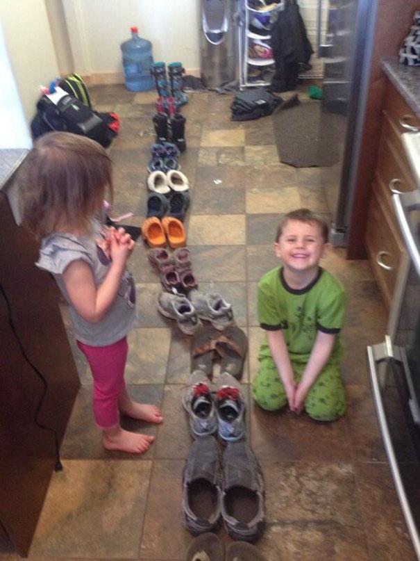 20 niños que obedecieron las órdenes de sus padres, literalmente
