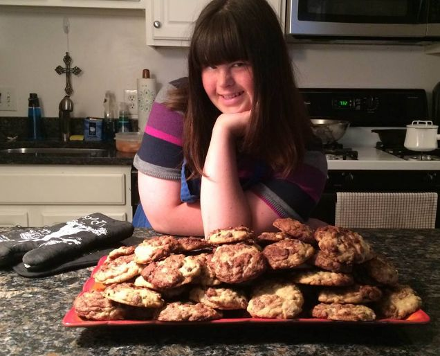 Una joven con síndrome de down abre su propia panadería
