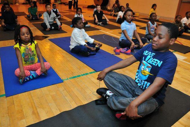 Este colegio ha sustituido los castigos por meditación obteniendo un resultado muy bueno.