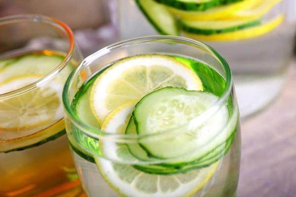 Infusiones de fruta que te ayudarán a adelgazar y desintoxicar tu cuerpo