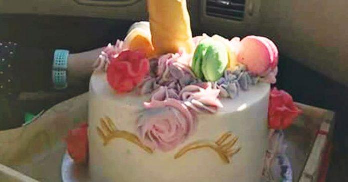 tarta cumpleanos inesperada unicornio