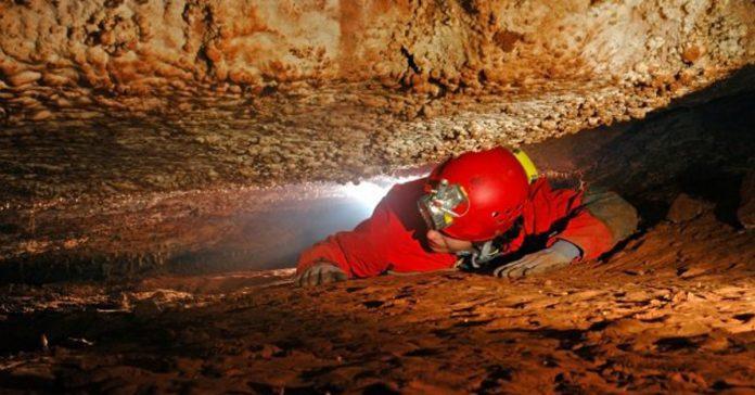 10 historias de terror reales de personas atrapadas en cuevas banner