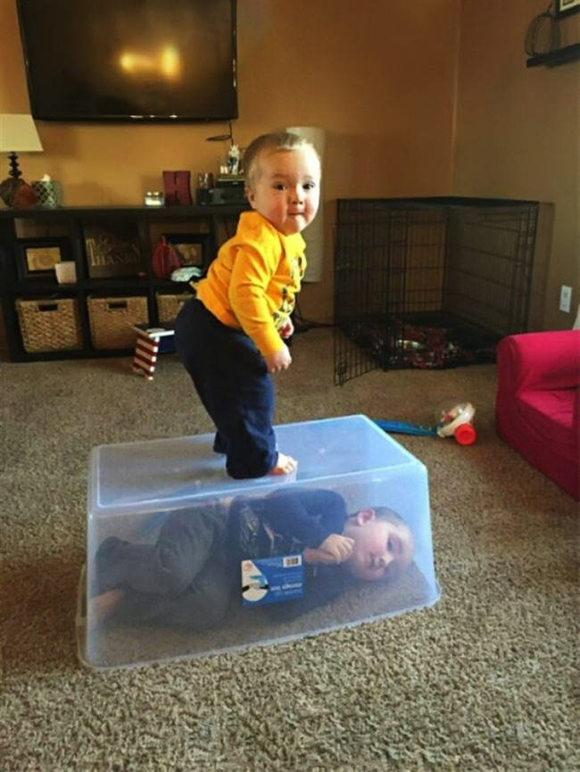 16 Fotos que demuestran que no existen los momentos aburridos con los niños