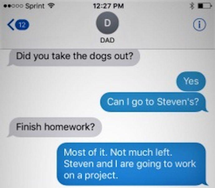 Este padre dejó a su hijo dormir en casa de un amigo. Horas después recibio un mensaje escalofriante