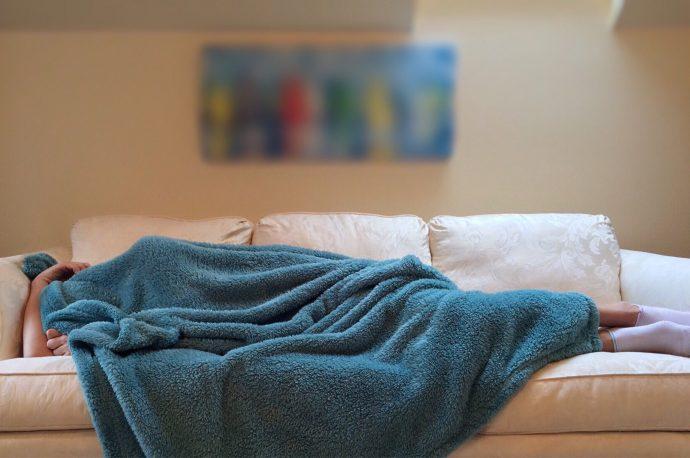 Por qué quedarse despierto hasta tarde es bueno para tu salud