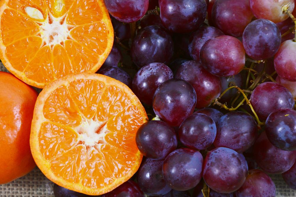 Controla tu diabetes y otras enfermedades con naranjas y uvas