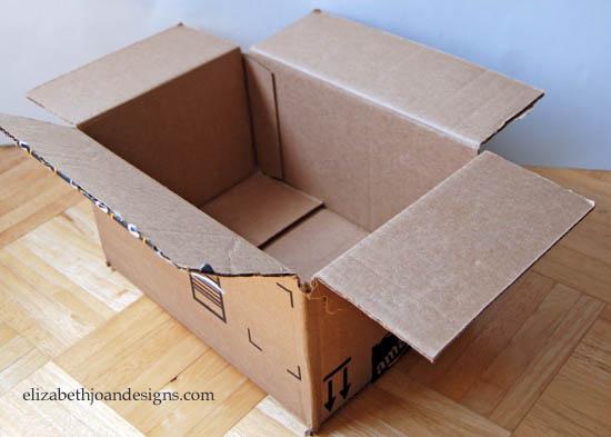 5 Pasos para transformar una simple caja de cartón en el mejor accesorio para tu baño