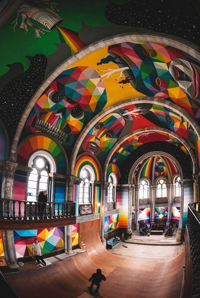 Una iglesia abandonada convertida en un psicodélico Skatepark