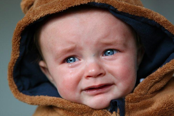 8 Razones por las que no debemos dejar llorar a los bebés
