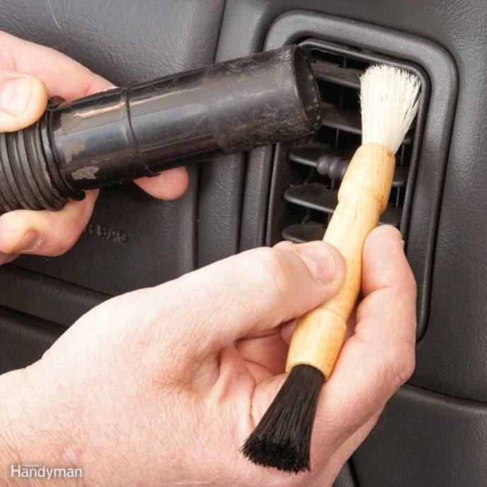 7 Fantásticos trucos para limpiar tu coche y dejarlo nuevo como el primer día