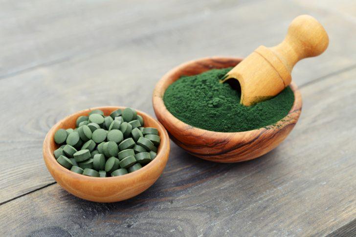 toma spirulina y consigue toneladas de antioxidantes hierro y vitamina a 01