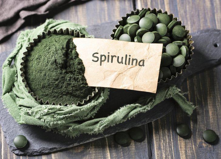 toma spirulina y consigue toneladas de antioxidantes hierro y vitamina a 03