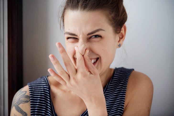 """6 Trucos naturales para acabar con el """"mono"""" cuando dejas de fumar"""