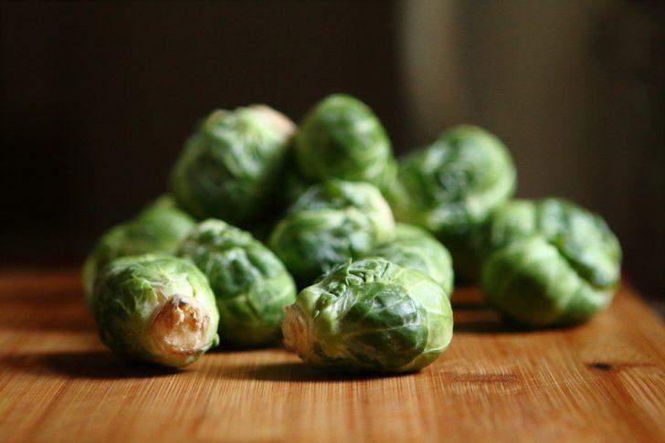 Si queremos evitar una intoxicación, no deberíamos comer estos 6 alimentos