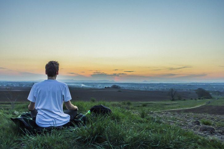 10 Cosas científicamente probadas que te convierten en una persona más feliz