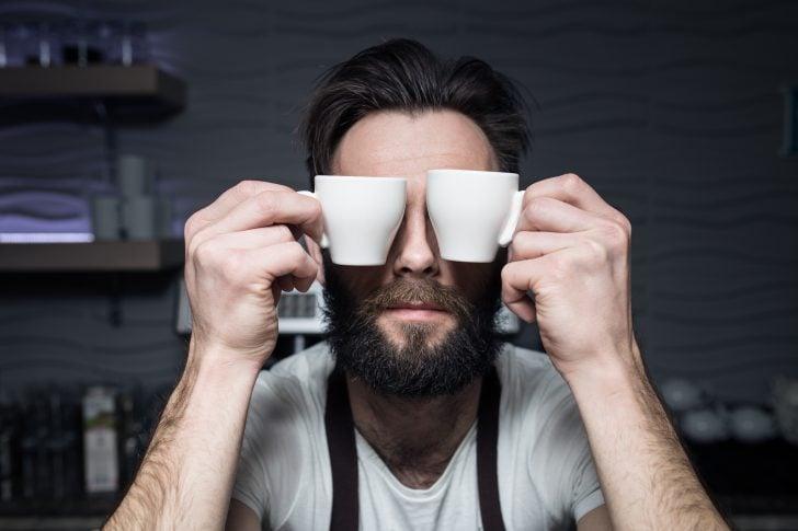 si eres de los que beben toneladas de cafe la ciencia tiene buenas noticias para ti 02