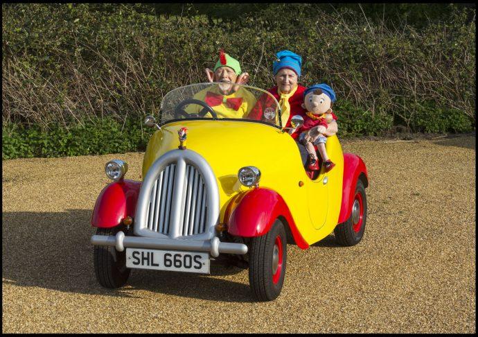 Una pareja de ancianos pone a la venta su increíble coche Noddy