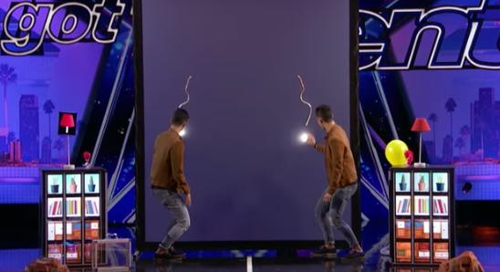 Este francés confesó que los padres odiaban su talento, pero después de unos segundos tenía a todo el público rendido a sus pies