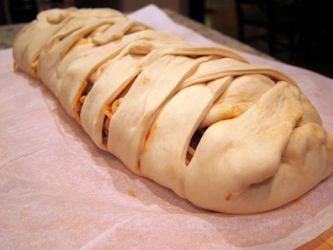 Se extiende por las redes la receta del pan de espagueti trenzado que tiene a todo el mundo con las babas por el suelo