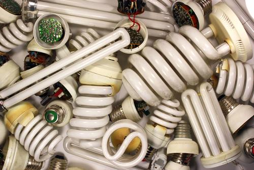 descarta las bombillas que podrian causarte migranas e incluso cancer 02