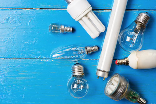 5 Enfermedades y dolencias que provocan las bombillas de bajo consumo
