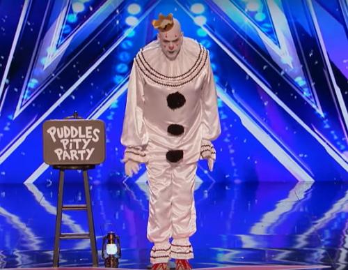 Se extiende por las redes el vídeo del Puddles Pity Party: El payaso triste y su curioso maletín