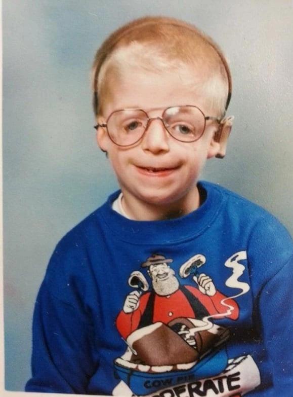 Jarren, el joven que sus padres abandonaron a las 36 horas de nacer y que 25 años después se ha superado a sí mismo