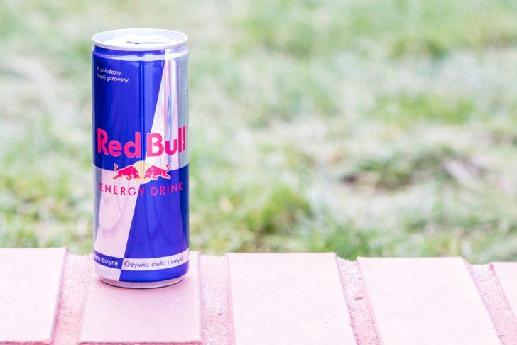 Un nuevo estudio muestra los efectos secundarios de tomar bebidas energéticas en el corazón