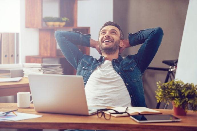 9 Trucos para engañar a tu cerebro sin drogas y aumentar la dopamina para ser más feliz