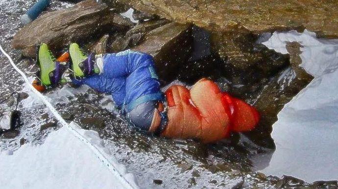 cadaveres abandonados en el monte everest y sus inquietantes historias 157304