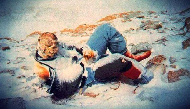 cadaveres abandonados en el monte everest y sus inquietantes historias 157318