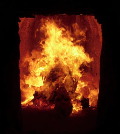 5 Cosas que el cuerpo experimenta cuando lo incineran