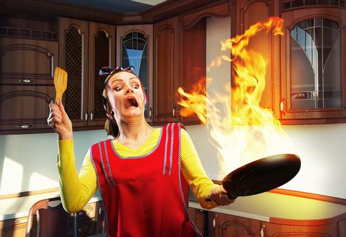 7 Emergencias graves que le podrían ocurrir a cualquiera en casa y los trucos para sacarte del apuro