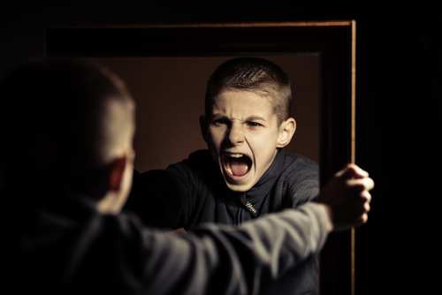 12 Confesiones de profesores que se atrevieron a contar cómo eran sus exalumnos antes de convertirse en criminales