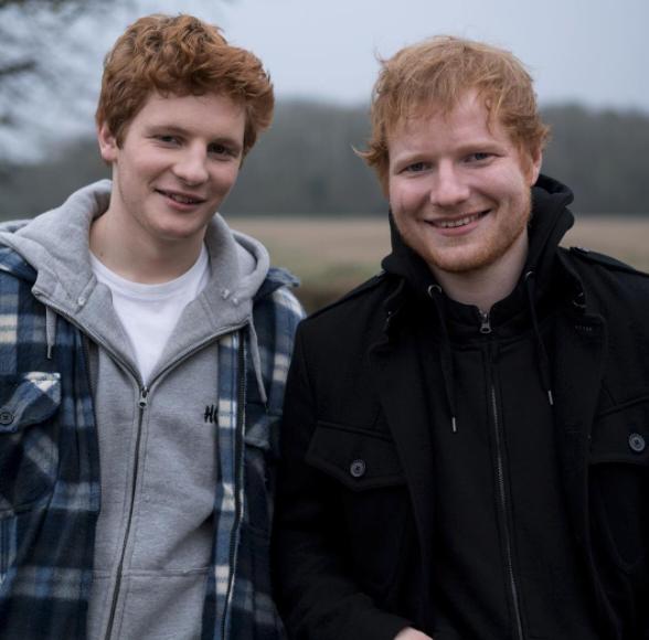 El efecto Ed Sheeran o cómo conseguir ligar más gracias a tu pelo
