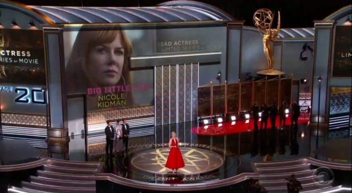 La actriz Nicole Kidman se convierte en el foco de las críticas por un beso y su discurso sobre violencia de género