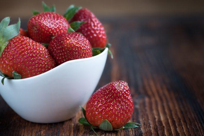10 Deliciosos Alimentos que podemos tomar y atiborrarnos sin que nos salga barriga