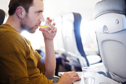 las cosas que nunca deberias hacer en un avion hielo