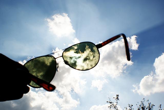 mitos y verdades sobre las gafas de sol nublado