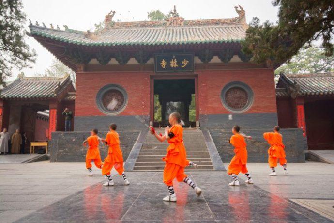 "10 Impactantes Datos que seguramente no sabías sobre el monasterio de Shaolin que inspiró a ""Kung Fu Panda"""