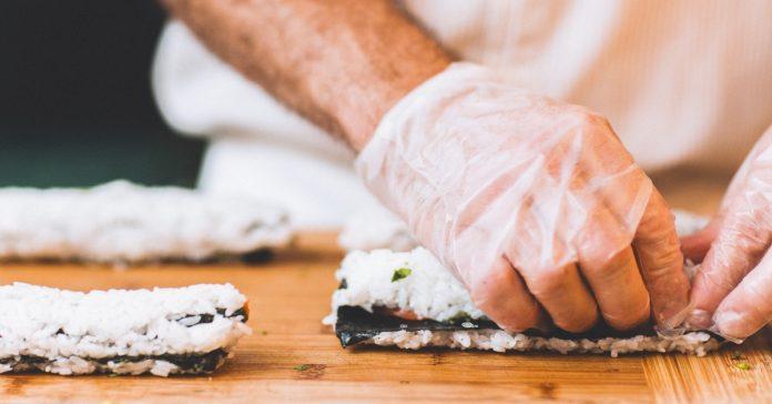 la asombrosa razon por las que las mujeres no pueden hacer sushi banner