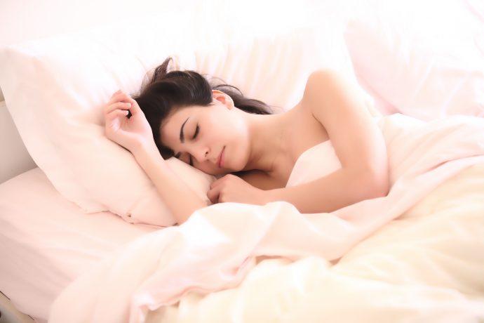 Las 4 Etapas del sueño que deberíamos saber para aprovechar el sueño y dormir bien todas las noches