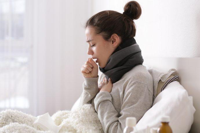 7 Fantásticos trucos para combatir la tos y librarte de ella en menos de 5 minutos