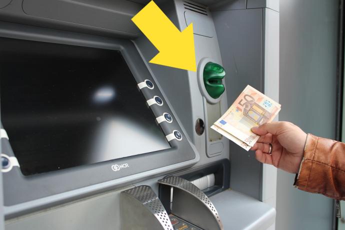 Sin dinero: la advertencia de la Guardia Civil sobre el timo de que el Cajero no te de dinero