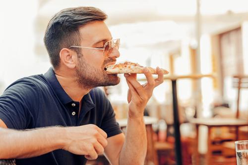 Los 3 Trucos para disfrutar de un 'día trampa' en mitad de la dieta sin tener que hacer un día trampa