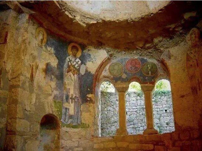 los arqueologos creen que descubrieron la tumba de santa claus 196312
